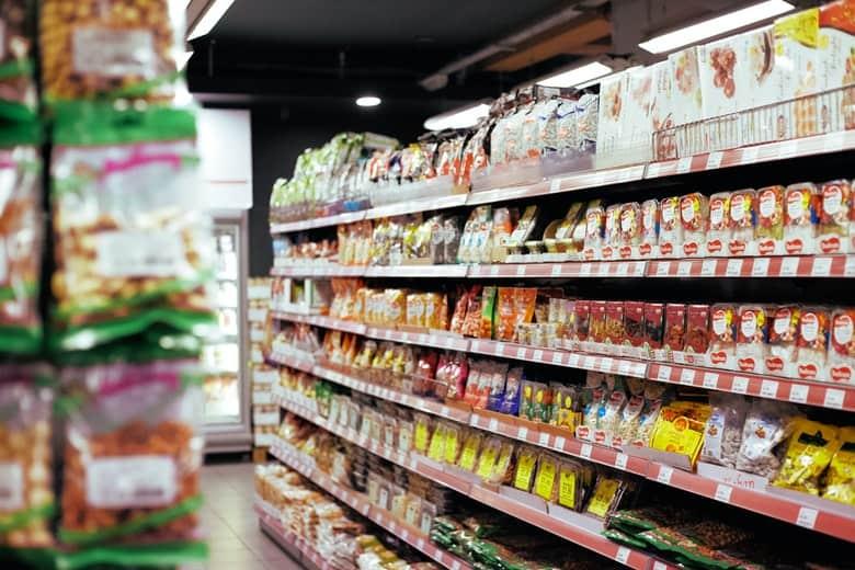 półka w supermarkecie